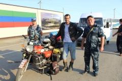 Čečensko - zvedaví strážnici
