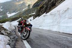 Rumunsko - Transfagarašan - Snehové steny